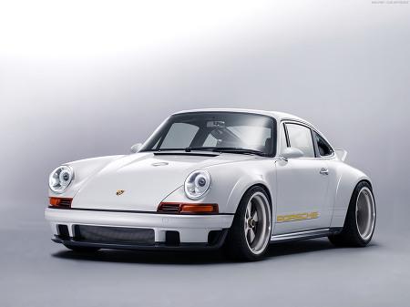 싱어와 윌리암스가 공동 개발한  포르쉐 911 - 1990 Porsche  911 DLS