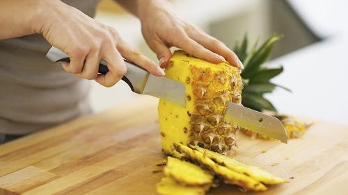 무심코 버렸던 파인애플 껍질이 우리에게 유익한 이유 9가지