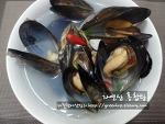 차진살점과 끝내주는 국물맛에 반하는 가을별미, 자연산홍합탕~