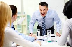 능력 없는 리더는 똑똑한 직원을 싫어한다