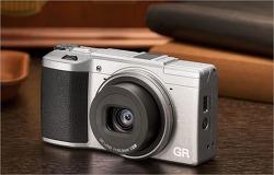 [예쁜 카메라] 섹시한 카메라란 이런거? 라이카Q 티타늄그레이, 리코GR2 실버
