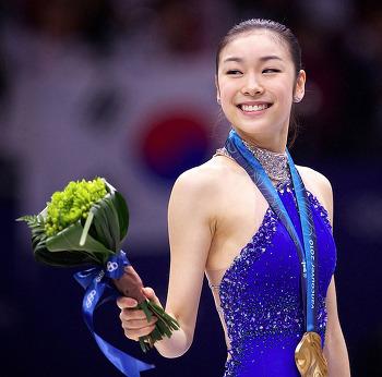 김연아 올림픽챔피언 3주년&졸업축하, 놀라운 팬들의 정성