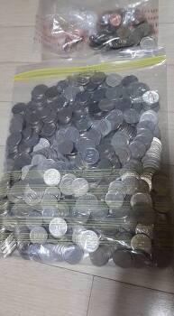 [단독]아들에게 동전 600여 개로 용돈 지급한 아버지