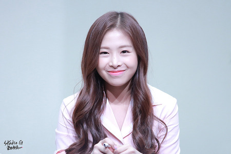 17.02.04 에이프릴 인천 팬싸인회 #1 by. Zetta