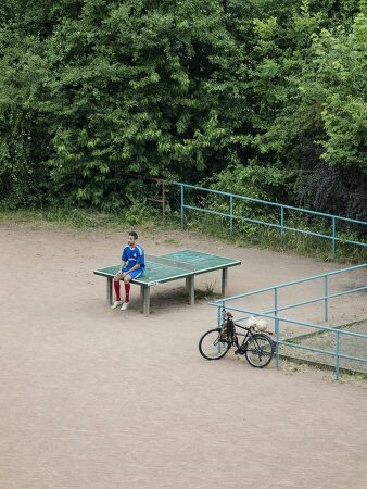 공원 탁구대에서 일어난 다양한 일상을 카메라에 담다