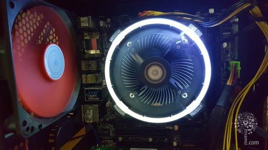 가성비 좋은 저렴한 조용한 LED CPU 쿨러 ID-COOLING DK-03 Halo