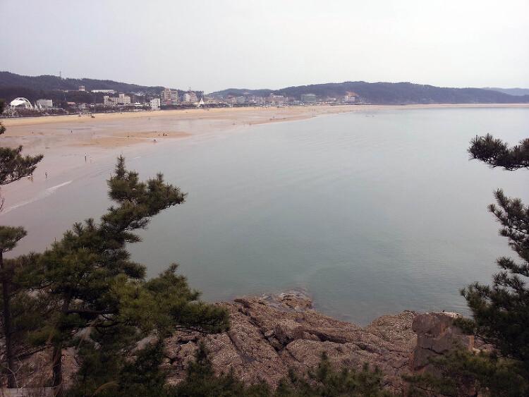 [충남 태안]부채처럼 펼쳐진 백사장 '만리포 해수욕장'