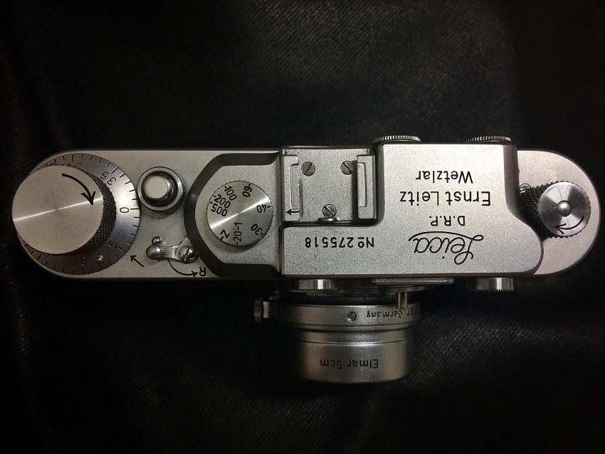 Leica IId, Close up