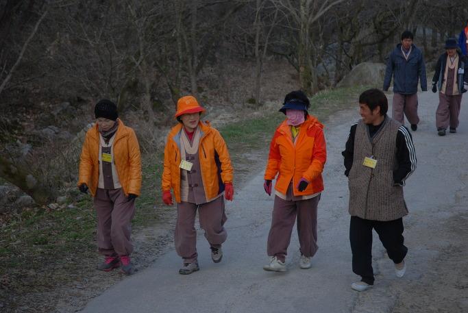 노동자와 함께하는 템플스테이 포행