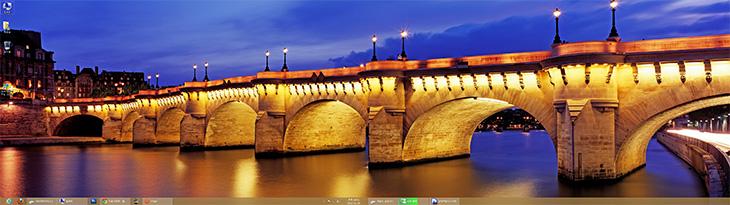 윈도우8 듀얼모니터 테마, 윈도우8 테마, 윈도우8 테마 다운로드, 윈도우8, Windows 8 Theme, IT,윈도우8 듀얼모니터 테마 다운로드를 해보죠. 제 경우에 27인치 모니터 2개를 지금 사용중인데요. 2개의 화면에 딱 맞는 배경화면을 미리 준비하려면 편집을 좀 해야할겁니다. 그런데 윈도우8 듀얼모니터 테마를 다운로드하면 여러가지 배경화면이 자동으로 적용 됩니다. 두 화면을 모두 이용하는 넓은 이미지가 셋팅되므로 꽤 깔끔합니다. 물론 작업을 많이 하다보면 배경화면을 볼 일은 많지는 않으나, 가끔 눈을 식히고 싶을 때 보기에 괜찮네요.