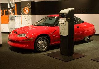 전기자동차(electric vehicle)와 자동차 연료의 미래