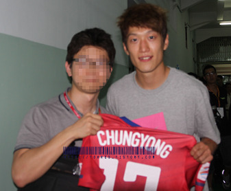 10-12 Korea National Team Home players S/S No.17 CHUNGYONG (Vs.JAPAN 12th,Oct,2010,Seoul with Signature)