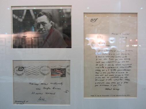 알베르 까뮈의 친필편지와 사진. 간지남. ^^
