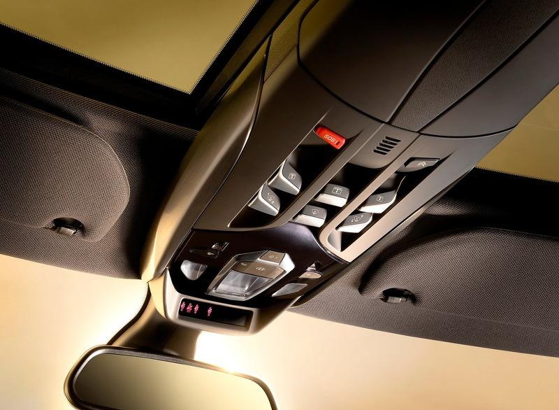 자동차 안전 기술 - Magazine cover