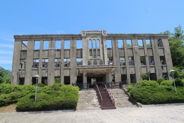 철원읍 관전리에 있는 노동당사 건물 전경