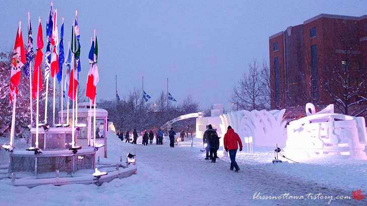 캐나다 국제 눈 조각 경연 대회입니다