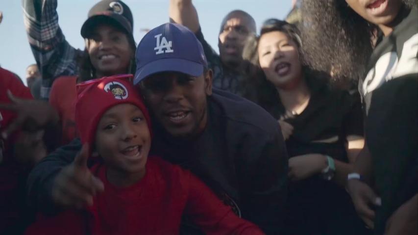 랩퍼 '켄드릭 라마(Kendrick Lamar)'의 고향 '콤튼(Compton)'의 모두가 함께 부르는 'Alright', 그래미 어워드(The Grammy's)의 Witness Greatness(위대함의 입증)캠페인 바이럴필름 [한글자막]