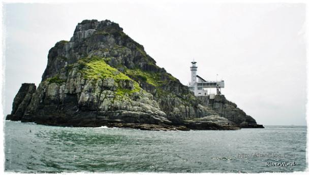 오륙도 굴섬과 등대섬