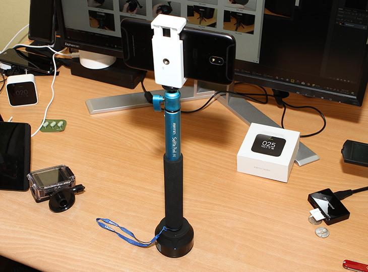 고폴 씬랩스, GOPOLE SCENELAPSE, 고프로 360도 ,회전 타임랩스,IT,IT 제품리뷰,이 제품은 몇가지 장점이 있습니다. 고장이 안나고 전기없이도 사용 가능하죠. 고폴 씬랩스 GOPOLE SCENELAPSE 고프로 360도 회전 타임랩스는 특별한 촬영을 위해서 사용될 수 있습니다. 고폴 씬랩스 GOPOLE SCENELAPSE는 장점 단점이 명확한 제품 입니다. 실제로 사용해보면서 편리했던 점은 전력을 사용하지 않고 고프로 제품이나 일반 액션 캠을 모두 고정해서 사용할 수 있다는 장점이 있었습니다. 단점으로는 소음이 발생하고 속도 조절이 안되는 점이 있습니다.