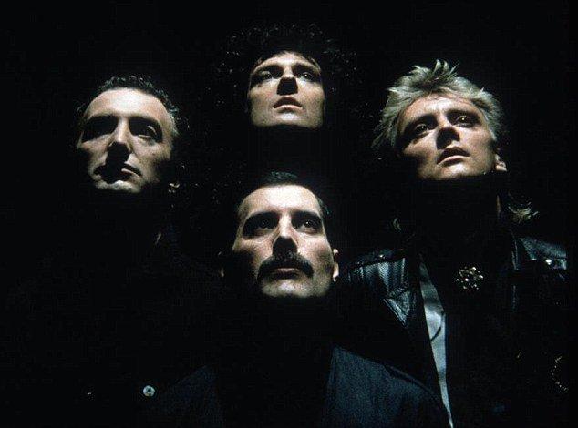 삶이 곧 영화인 Freddie Mercury, 그리고 Queen 1