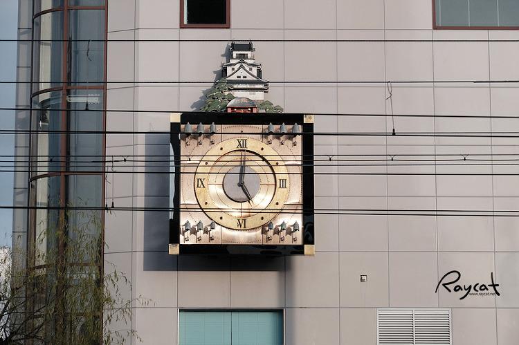 카라쿠리 시계