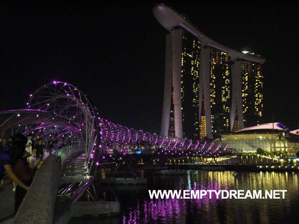 싱가포르 여행 - '아트 사이언스 뮤지엄'과 '헬릭스 다리' 야경