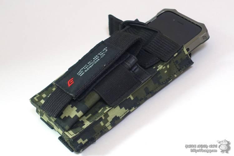 아이폰7을 러기드폰으로 만들어보자. 엘레멘트 M7 케이스의 매력