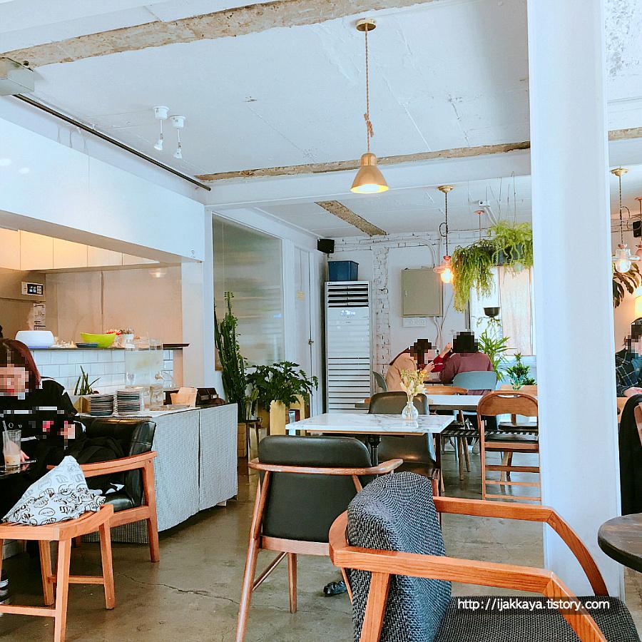 광합성 카페 내부