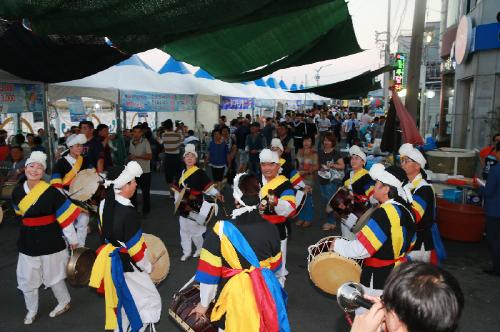 제17회 사천시 삼천포항 자연산 전어축제 개최