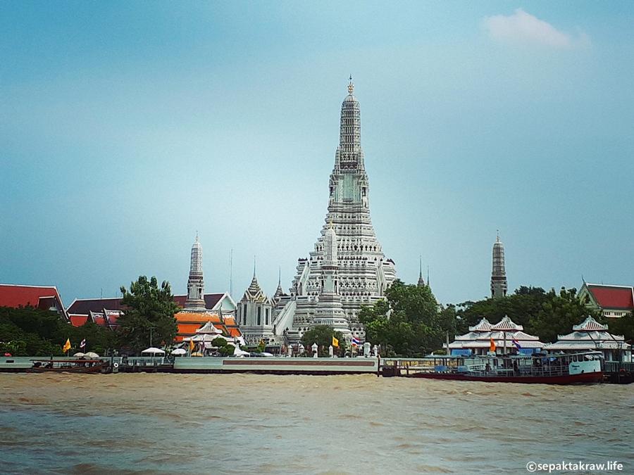 방콕새벽사원