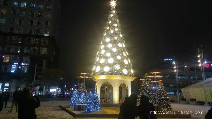 영등포 타임스퀘어 크리스마스 트리