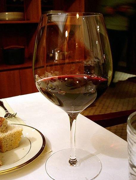 와인과 스테이크에 조합