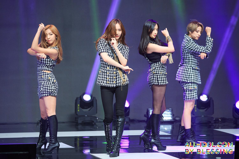 150930 F X Tencent K Pop Live Mini Concert 6 56p